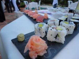 Quelques sushis et california rolls