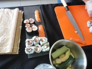 Les nigiri sushis lors d'un atelier sushis